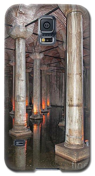 Basilica Cistern 02 Galaxy S5 Case by Antony McAulay