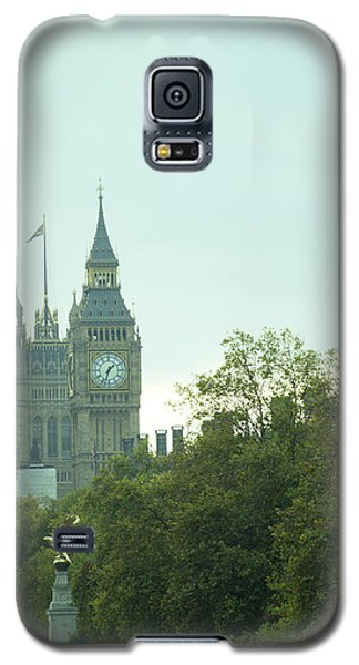 Galaxy S5 Case featuring the photograph Big Ben by Rachel Mirror