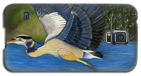 Galaxy S5 Case featuring the painting Blue Heron In Flight by Brenda Brown