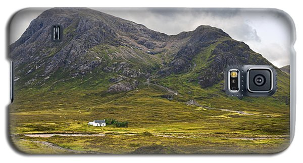 Galaxy S5 Case featuring the photograph Buachaille Etive Mor Glencoe Scotland by Jane McIlroy