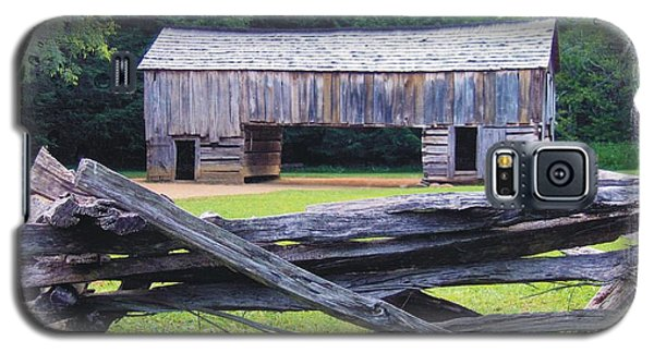 Cades Cove Split Rail And Outbuilding Galaxy S5 Case