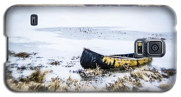 Canoe At The Frozen Lake Galaxy S5 Case