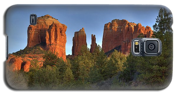 Galaxy S5 Case featuring the photograph Cathedral Rocks In Sedona by Alan Vance Ley