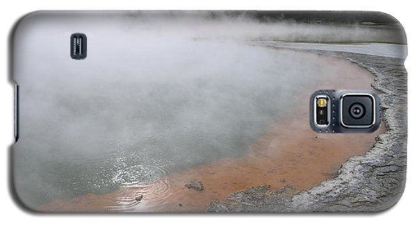 Galaxy S5 Case featuring the photograph Champagne Pool by Christian Zesewitz