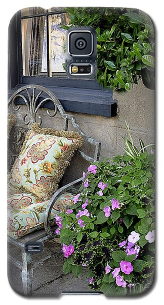 Galaxy S5 Case featuring the photograph Charleston Charm by Gina Savage