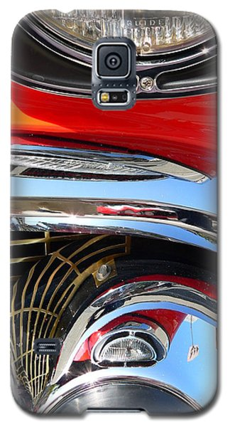 Galaxy S5 Case featuring the photograph Classic Car As Art by Jeff Lowe