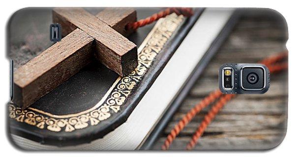 Religious Galaxy S5 Case - Cross On Bible by Elena Elisseeva