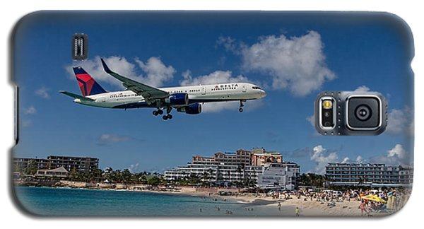 Delta Air Lines Landing At St Maarten Galaxy S5 Case by David Gleeson