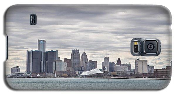 Detroit Skyline From Belle Isle Galaxy S5 Case by John McGraw