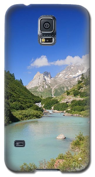 Dora Stream. Veny Valley Galaxy S5 Case
