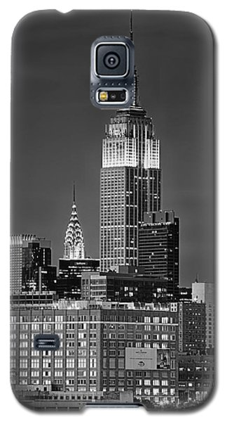 Empire And Chrysler Buildings Galaxy S5 Case by Jerry Fornarotto