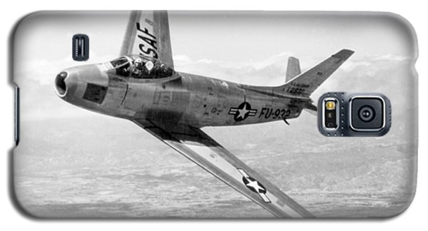 Galaxy S5 Case featuring the photograph F-86 Sabre, First Swept-wing Fighter by Science Source