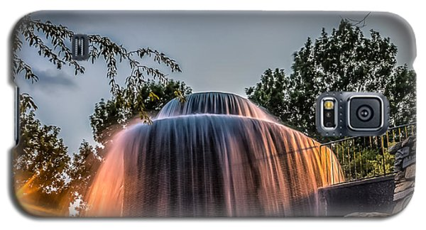 Galaxy S5 Case featuring the photograph Finlay Park by Rob Sellers
