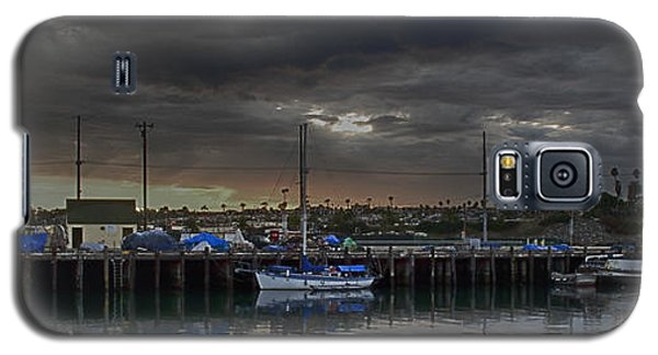 Galaxy S5 Case featuring the photograph Fishing Dock by Joseph Hollingsworth