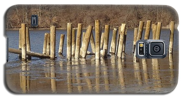 Galaxy S5 Case featuring the photograph Frozen Pilings by Michael Porchik