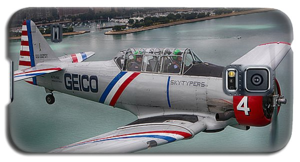 Galaxy S5 Case featuring the photograph Geico Skytypers by Jerome Lynch