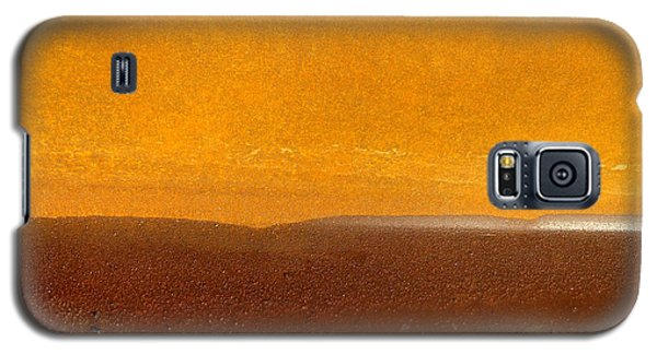 Galaxy S5 Case featuring the photograph Golden Horizon by Robert Riordan