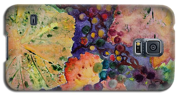 Galaxy S5 Case featuring the painting Grapes And Leaves by Karen Fleschler