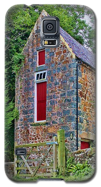 Guernsey Barn Galaxy S5 Case