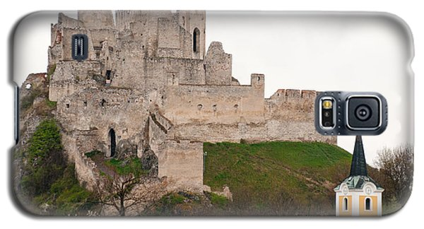 Galaxy S5 Case featuring the photograph Hrad Beckov - Castle by Les Palenik