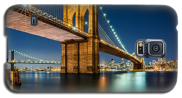 Illuminated Brooklyn Bridge By Night Galaxy S5 Case