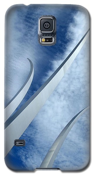 Galaxy S5 Case featuring the photograph Into The Clouds by Cora Wandel