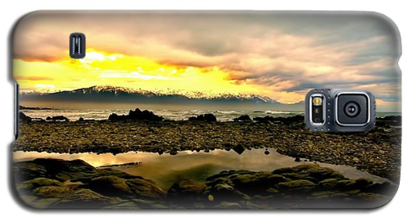 Galaxy S5 Case featuring the photograph Kaikoura Coast New Zealand by Amanda Stadther