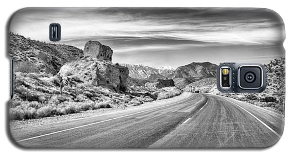 Kyle Canyon Road Galaxy S5 Case by Howard Salmon