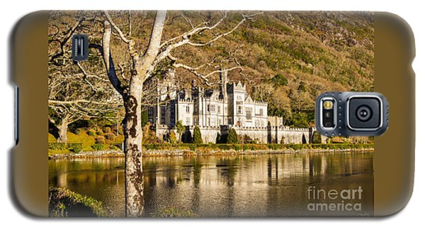Kylemore Abbey In Winter Galaxy S5 Case