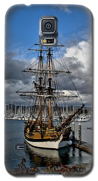Galaxy S5 Case featuring the photograph Lady Washington by Michael Gordon