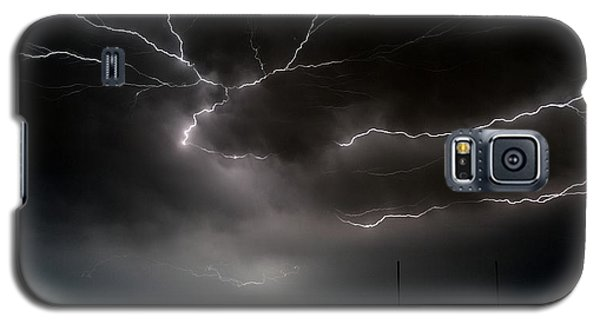 Galaxy S5 Case featuring the photograph Lightning 2 by Richard Zentner