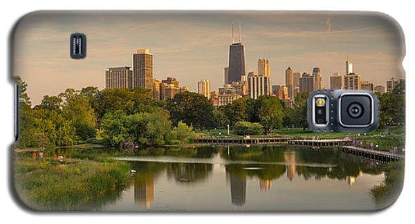 City Sunset Galaxy S5 Case - Lincoln Park Lagoon Chicago by Steve Gadomski