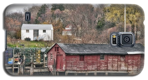 Galaxy S5 Case featuring the photograph Long Island Maine by Richard Bean