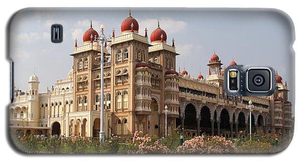 Maharaja's Palace And Garden India Mysore Galaxy S5 Case by Carol Ailles