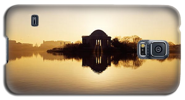 Memorial At The Waterfront, Jefferson Galaxy S5 Case by Panoramic Images