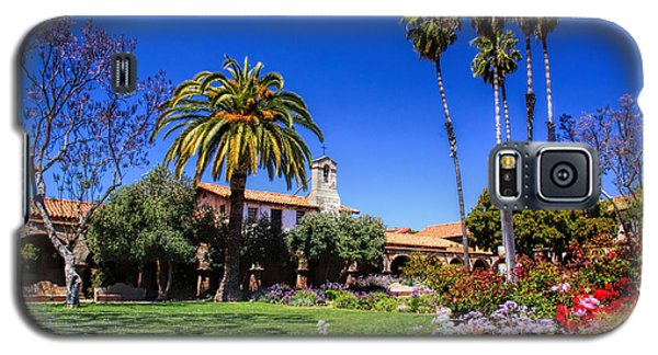 Galaxy S5 Case featuring the photograph Mission San Juan Capistrano by Richard Lynch