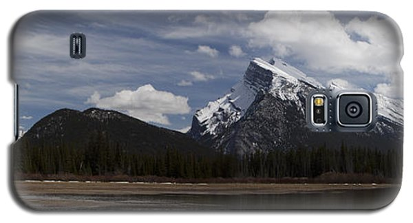 Mount Rundle And Vermilion Lake Galaxy S5 Case