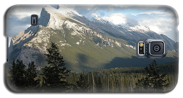 Mount Rundle Galaxy S5 Case by Stuart Turnbull