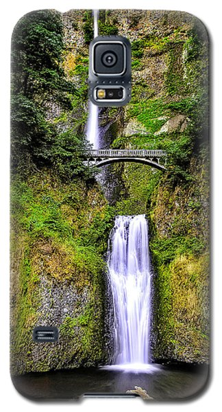 Galaxy S5 Case featuring the photograph Multnomah Morning Colors by Nancy Marie Ricketts