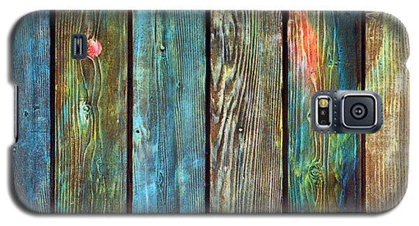 Galaxy S5 Case featuring the sculpture Old Barnyard Gate With Colors Brightened by Asha Carolyn Young