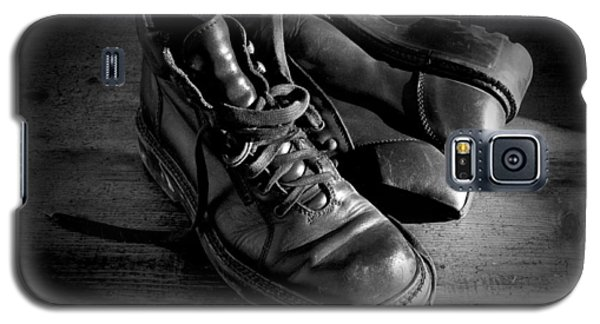 Old Leather Shoes Galaxy S5 Case by Fabrizio Troiani