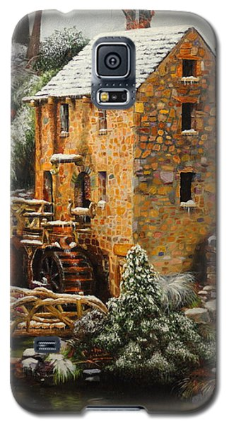 Galaxy S5 Case featuring the painting Old Mill In Winter by Glenn Beasley