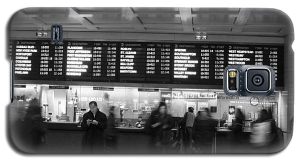 Galaxy S5 Case featuring the photograph Penn Station by Steven Macanka