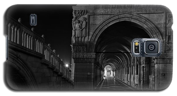 Galaxy S5 Case featuring the photograph Ponte Della Paglia by Marion Galt