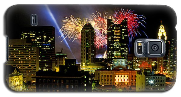 21l334 Red White And Boom Fireworks Display Photo Galaxy S5 Case