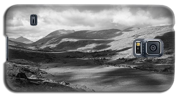 Galaxy S5 Case featuring the photograph Ring Of Kerry by Hugh Smith
