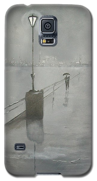 Galaxy S5 Case featuring the painting Romantic Walk In The Rain by Raymond Doward