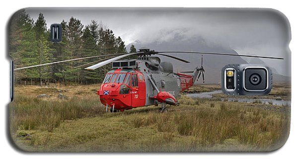 Royal Navy Sar Sea King Xz920 Glencoe Galaxy S5 Case by Gary Eason