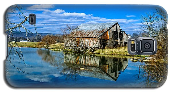 Sequatchie Valley Barn Galaxy S5 Case