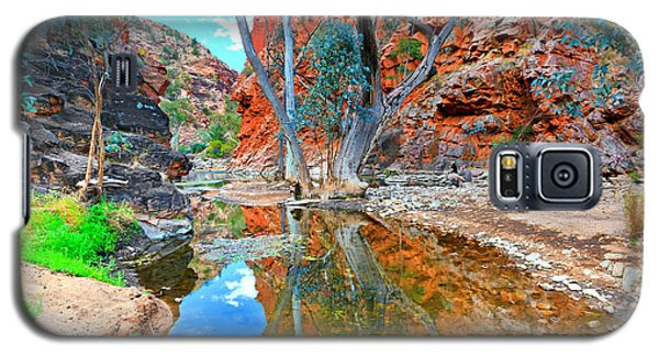 Serpentine Gorge Central Australia Galaxy S5 Case by Bill  Robinson